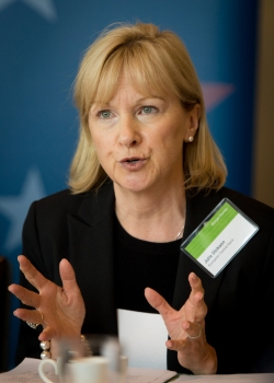 Lunch discussion on 'Will the eurozone caucus on financial regulation?' event thumbnail